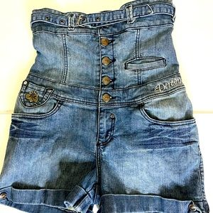 Dereon Corset style shorts Size 5/6